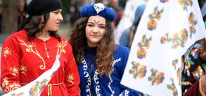 Tokat'ta Geleneksel El Sanatları Yavaş Moda Günleri ve Türkü Bayramı