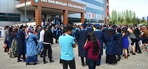 Tatvan MYO'da mezuniyet töreni