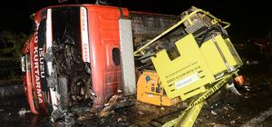 Oto kurtarma aracı elektrik direğine çarptı: 1 ölü