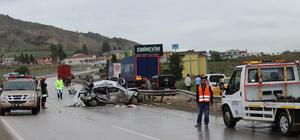 Kastamonu'da kamyonla otomobil çarpıştı: 3 ölü