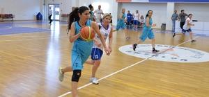Basketbol efsaneleri Muratpaşa'da buluştu