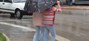 lazığ'da sağanak yağış etkili oldu