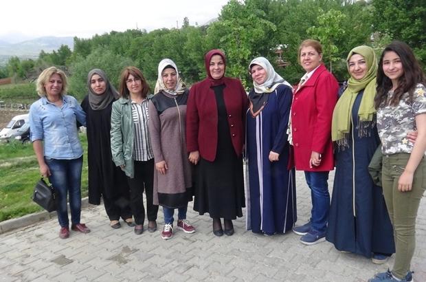 Aynur Oğuzhan'dan Doğanşehir teşkilat üyelerine teşekkür