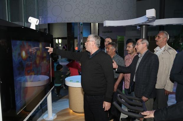 Bayburtlu eğitimciler Bilim Merkezini gezdi