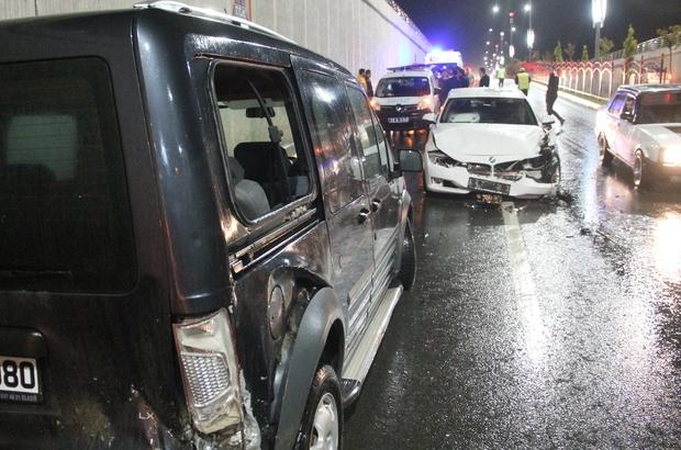 Elazığ'da 3 aracın karıştığı kazada 1 kişi yaralandı