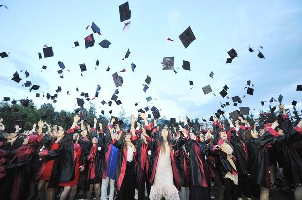 OKÜ'de mezuniyet coşkusu