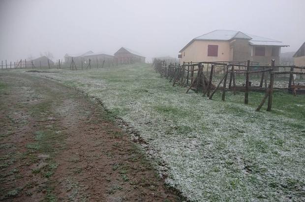 Giresun'da Mayıs ayında yaylalara kar yağdı