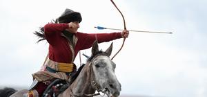 ERÜ'de atlı okçuluk gösterisi