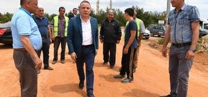 Başkan Böcek, asfalt ekiplerini denetledi