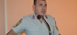 Kozan'da mevsimlik işverenlere jandarma ve polisten seminer