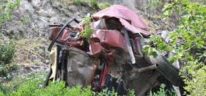 Denizli'de otomobil uçurumdan yuvarlandı: 1 ölü, 2 yaralı