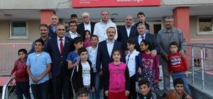 Vali Yavuz koruyucu ailelerle buluştu