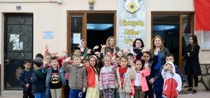 Miniklerden Bozüyük Belediyesi Giyim Evi'ni kıyafet bağışı