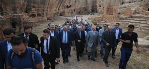 Mardin'de tarihi mezarlık, su sarnıcı ve zindan turizm açıldı