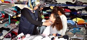 Akçakale'deki Suriyeli 80 yetim çocuk giydirildi