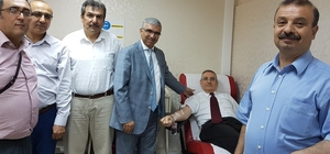 Adalet dağıtanlardan kan bağışı