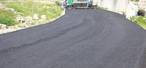 Edremit'te yol asfaltlama seferberliği