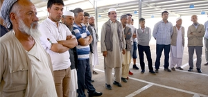 Özbek pazarcıların yerleri kur'ayla belirlendi