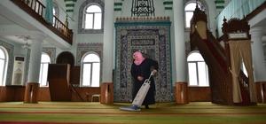 Camilere Ramazan hazırlığı