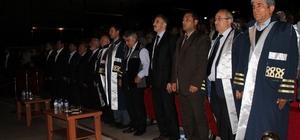 ERÜ İlahiyat Fakültesi 49'uncu mezunlarını verdi