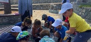 Didimli öğrenciler arkeolojik kazı yaparak Müzeler Haftasını kutladı