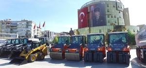 Büyükşehir araç filosunu 22 yeni iş makinesiyle genişletti