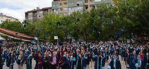 Ticaret Lisesi'nde mezuniyet coşkusu
