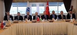 Macaristan büyükelçisi ile KAYSO üyeleri yemekte bir araya geldi