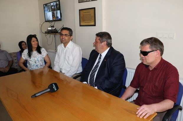 Manisa Büyükşehir'den beyaz baston desteği