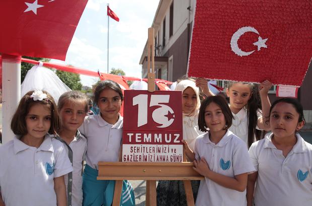 İlkokul öğrencileri 15 Temmuz kahramanlarını resmetti