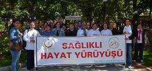 Köylü kadınlar obeziteye karşı yürüdü
