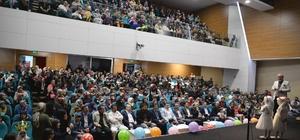 Kur'an-ı Kerim kurslarına katılan miniklerin yıl sonu etkinliği göz doldurdu