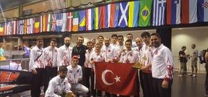 Kick Boks Şampiyonası Sporcuları madalya yağmuruna tutuldu