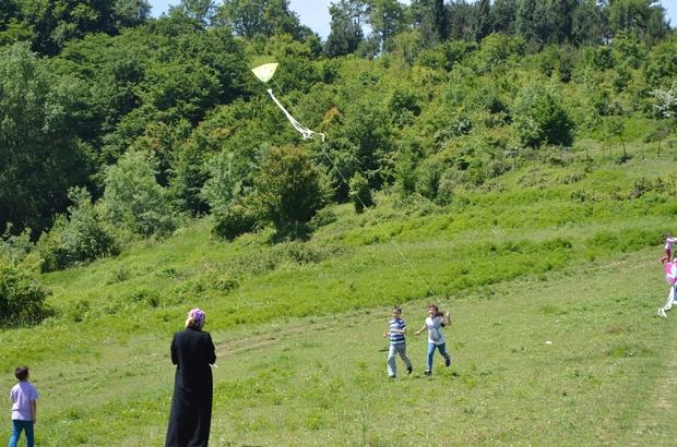 Bartın'da öğrenciler uçurtma şenliğinde buluştu
