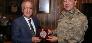 Rektör Çomaklı, Jandarma Bölge Komutanı Alpar ile bir araya geldi