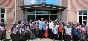 Başkan Akcan okul ziyaretlerine devam ediyor