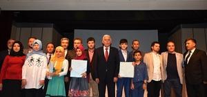 """Tosya'da """"40 Hadis 40 şiir okuma"""" yarışması yapıldı"""
