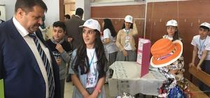Ağrı'da Ortaokul Öğrencilerinden Bilim Fuarı