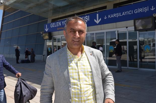 """Başkan Özdemir: """"Yüksekova il olmayı hak eden bir ilçe"""""""