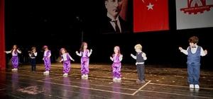 Başkan Yağcı minik öğrencilerin yıl sonu etkinliğine katıldı