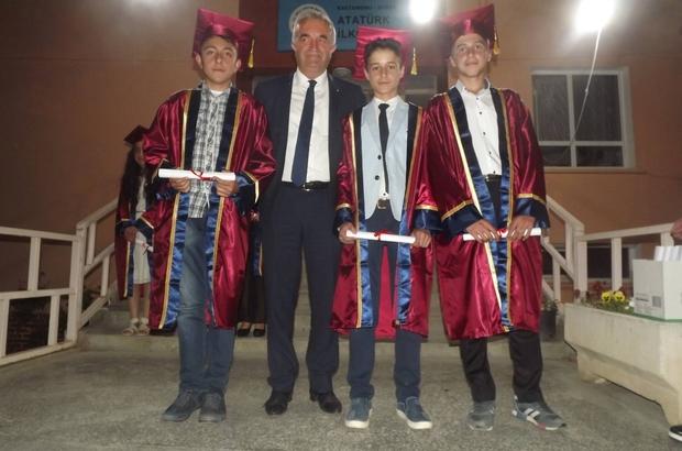 Daday Atatürk Ortaokulu öğrencilerinden yılsonu gösterisi