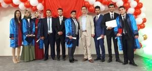 Şaphane MYO'da mezuniyet sevinci