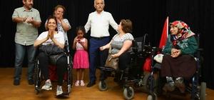 İzmir'in en büyük engelliler merkezi Bayraklı'da açıldı