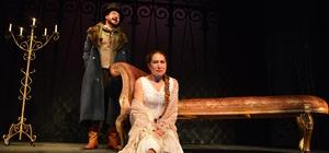 Ankara Devlet Tiyatrosunun ödüllü oyunu Rusya'da