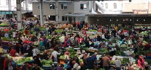 Halk pazarında Ramazan bereketi