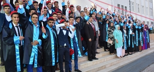 Kahta Ebu Sadık Anadolu Lisesinde mezuniyet töreni