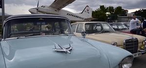 Klasik otomobil tutkunları Safranbolu'da buluştu