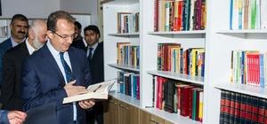Vali Taşyapan, Filistin Vakfı Kız Anadolu İmam Hatip Lisesi kütüphanesi açılış törenine katıldı
