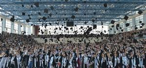İİBF'de mezuniyet töreni