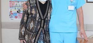 82 yaşındaki hastanın açık kalp ameliyatı ile üç ana damarı değiştirildi